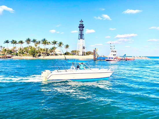 Pompano Beach, FL: Lighthouse & Mansions Tour