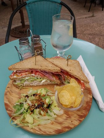 Orba, Espanha: Best Club Sandwich around.