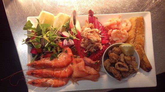 Kingston, UK: seafood platter