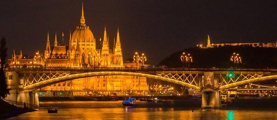Danube River: General night time scene