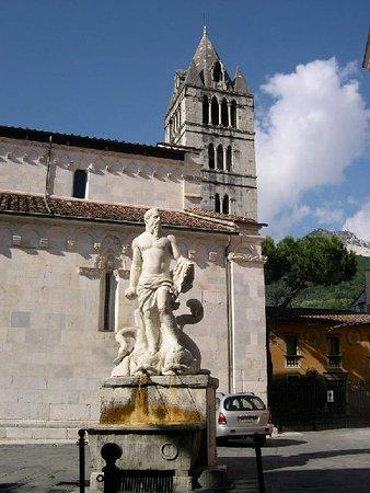 Statua del Nettuno: nettuno (o statua del gigante)