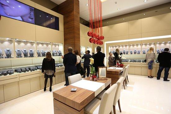 Antoine Saliba World of Jewelry: Revealing New Aspect of Elegance