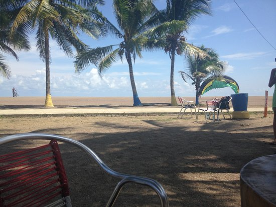 Clarita's Beach Bar & Sports Grill: Vista desde las mesas