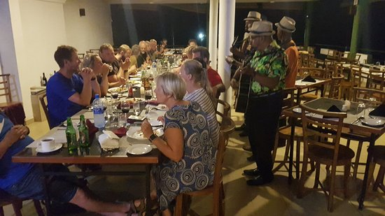 Ramboda, Sri Lanka: Super night with the local band