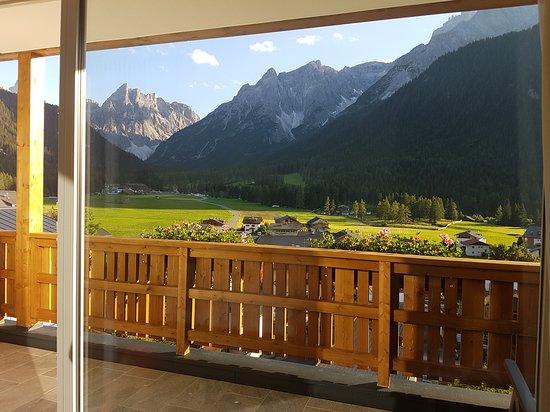 Hotel Royal: la veduta della camera al 2^ piano sulla valle Fiscalina e le montagne delle dolomiti