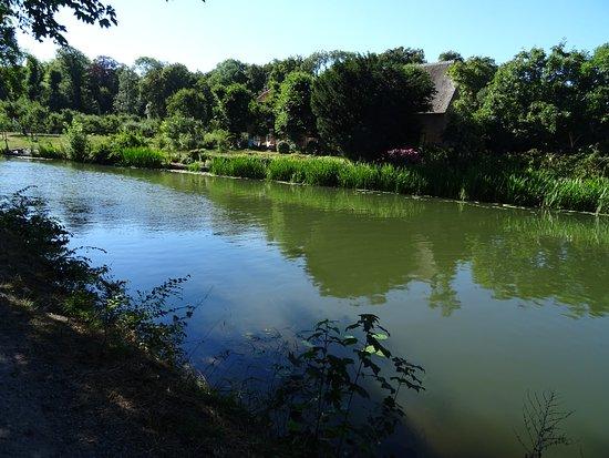 De Kromme Rijn bij de 18de eeuwse Landgoederen Rhijnauwen bij Amelisweerd