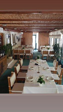 Rijeka Crnojevica, Montenegro: Restoran Stari Most