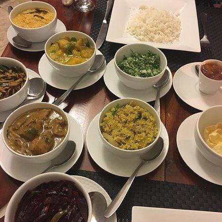 Miwaladeniya, Sri Lanka: Wonderful food here!