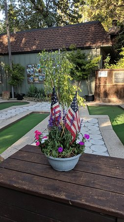 Twain Harte Miniature Golf: IMG_20180713_182858_large.jpg