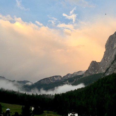 Dolomites Inn: photo1.jpg
