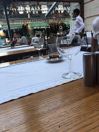 Foto de Albura Kathisma Cafe & Restaurant