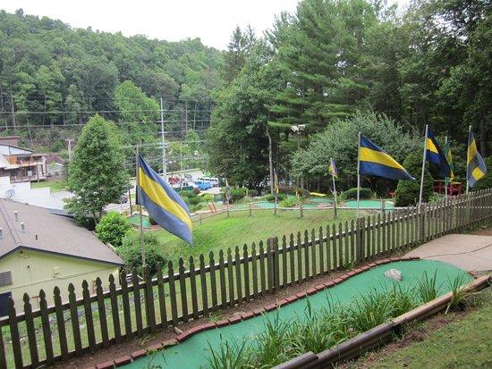 Magic Mountain Mini Golf and Arcade