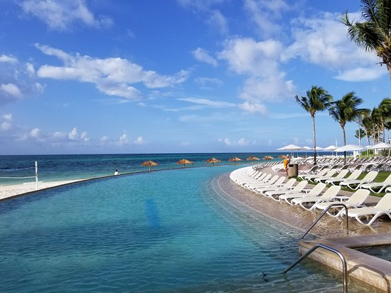 Lighthouse Pointe at Grand Lucayan Resort, Hotels in Grand Bahama Island