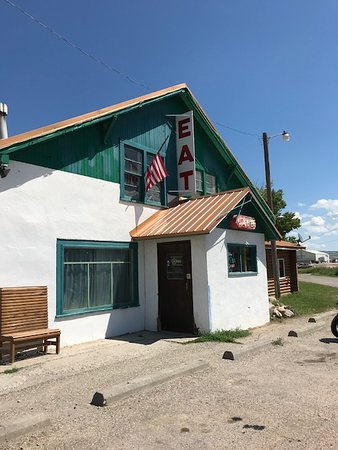 White Sulphur Springs, MT: Front entrance to Snook's Diner