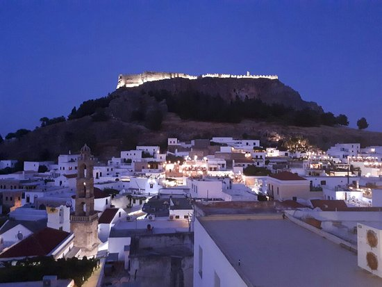 ‪Lindos By Night‬