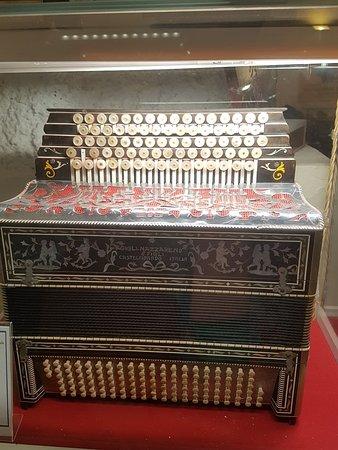 Museo Internazionale della Fisarmonica: 20180614_104910_large.jpg