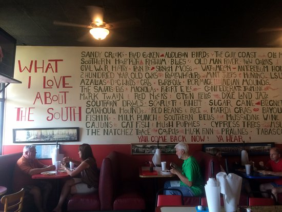 Pig Out Inn Barbeque: Really liked this sign in the main dining area