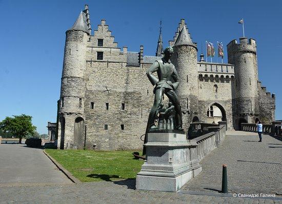Steen Castle 사진