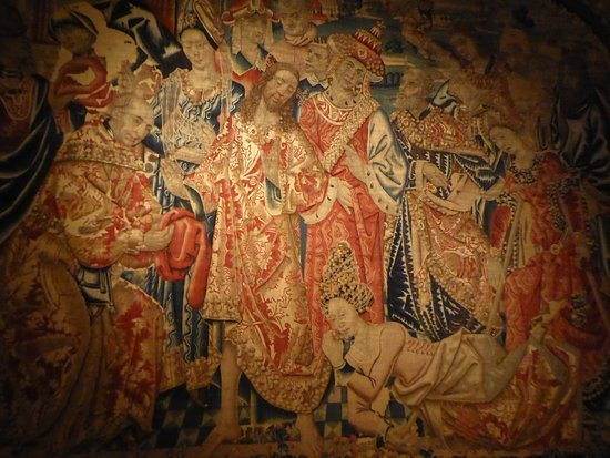 Museo Diocesano: Detail of a Flemish tapestry.