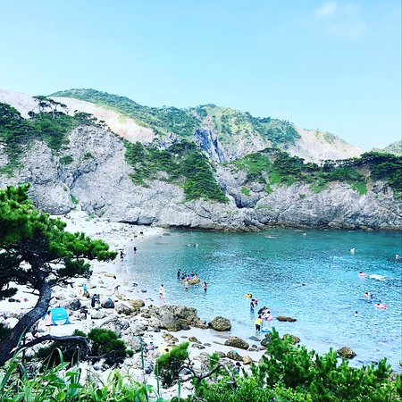 Naka no Ura Beach