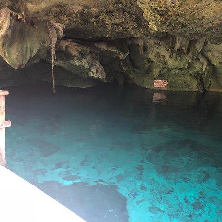 Cenotes Dos Ojos: photo0.jpg