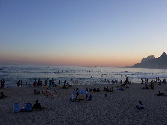 Praia do Arpoador: 20180718_171101_large.jpg