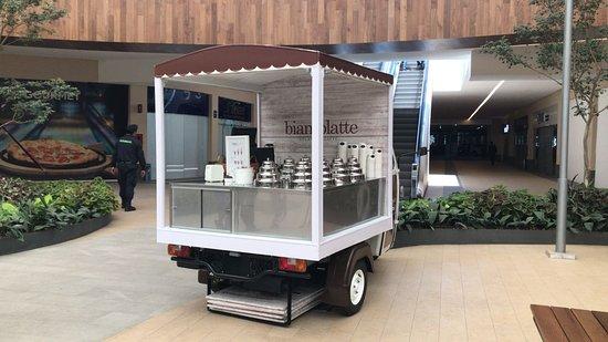 Biancolatte Gelato & Caffe: Visitanos en SOLESTA (