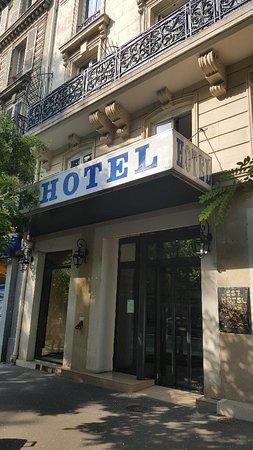 Est Hotel Paris: 20180713_095409_large.jpg