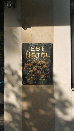 Est Hotel Paris: 20180713_095419_large.jpg