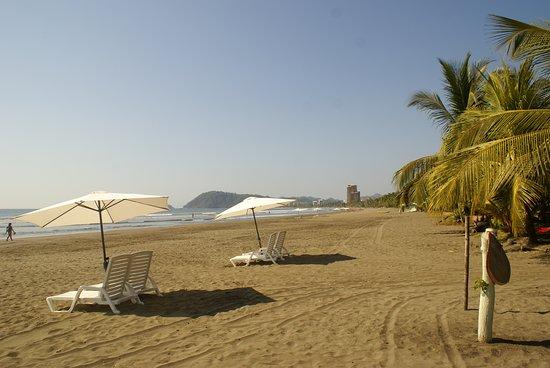 Paradise Surf Camp And School Sillas De Playa Jaco Beach House