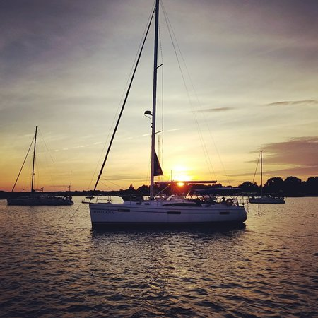 Shardana Sailing Charters: Another Sunset on the Magothy River