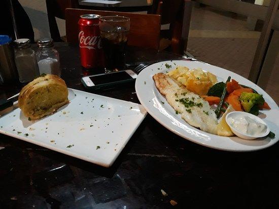 Kerang, Australia: Fillet of fish. Veggies. Grilled