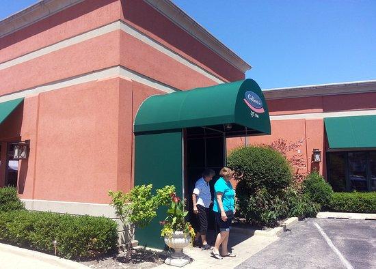 entrance to Colletti's