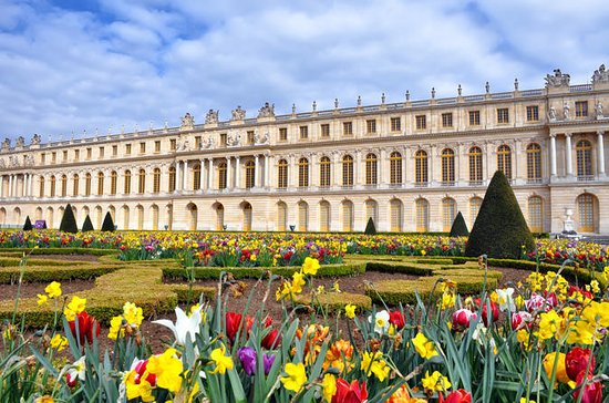 palace of versailles and giverny day