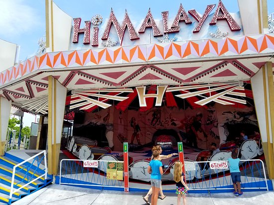 Trimper's Rides and Amusement Park: The Himalaya at Trimper's is operated in an awesomely classic manner.