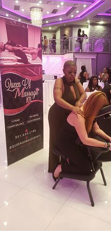 Atlanta, GA: Chair massage event