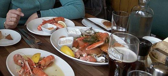 Plockton Inn: Mariscos y pescados
