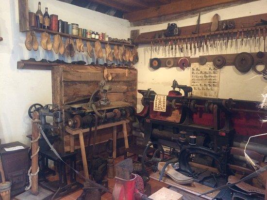 La Maison Des Vieux Metiers