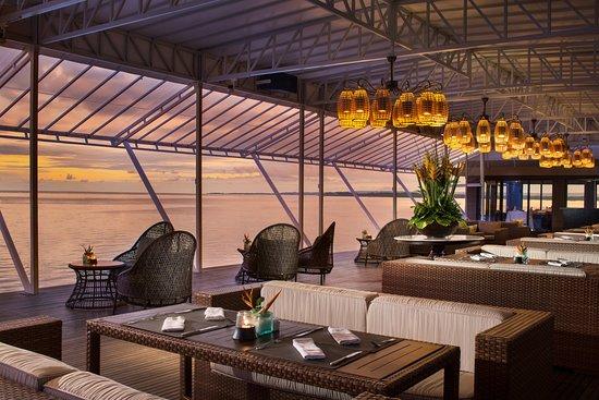 Beach Club Restaurant: lounge by the sea