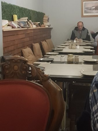 Dapto, أستراليا: Entrees are huge had to take main meals home