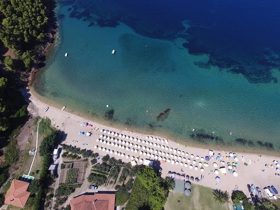 Comitsa Beach