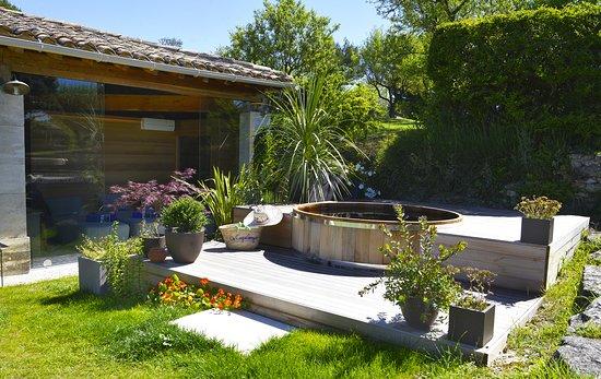 Bonnieux, Prancis: Jaccuzzi du Spa Tulsi