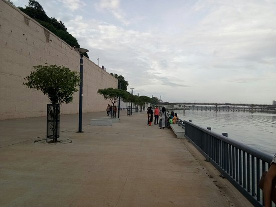 Sabarmati Riverfront: IMG_20180715_181838_large.jpg
