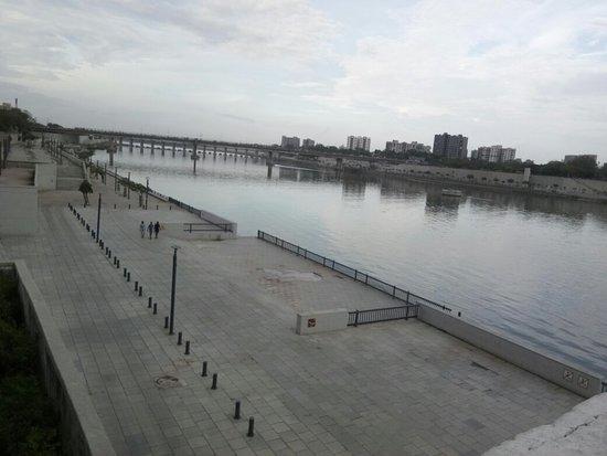 Sabarmati Riverfront: IMG_20180715_175845_large.jpg