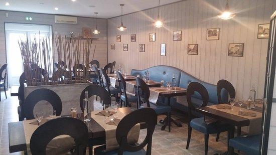Chateaubriant, France: Salle de restaurant