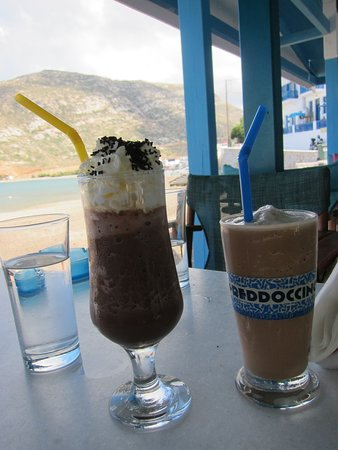 Apollon, Griechenland: Iced Chocolate and Freddoccino