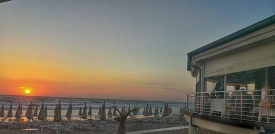 La Perla del Mare: uno dei nostri tramonti visti dalla terrazza del ristorante