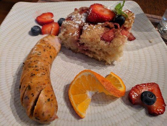9 Cranes Inn: Baked pancake with chciken sausage.