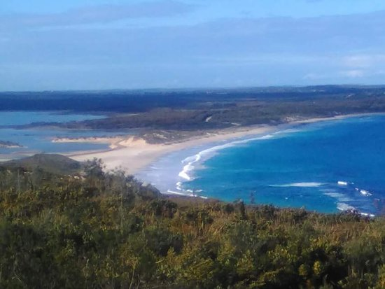 Photo taken from the National Park, looking down on Hopetoun.