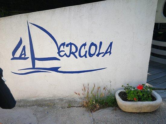 La Pergola : entrée restaurant